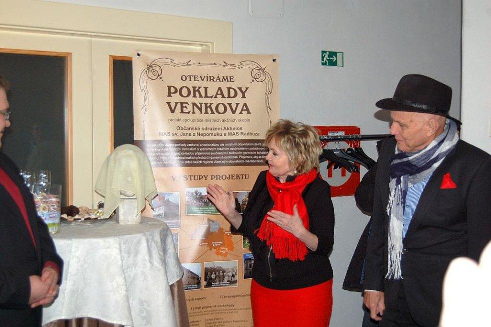 Otevření expozice Štěpánky Haničincové v Kvíčovicích
