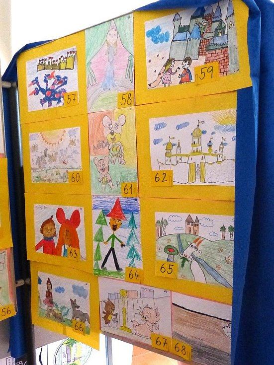 Z výstavy dětských prací v Poběžovicích.