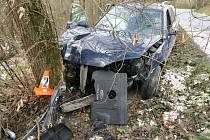 Havárie osobního auta u Pařezova.