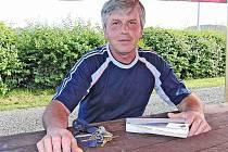 LUBOMÍR MLEZIVA. V čele obce Stráž ´se drží´ jako neuvolněný starosta už několik volebních období, prakticky od osamostatnění obce po roce 1989.