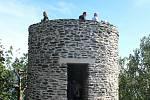 Slavnostní otevření opravené hradní věže Starý Herštejn.