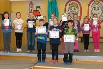Kolovečtí žáci soutěžili v recitaci.