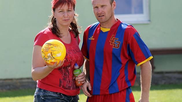 FOTBALISTY SLAVOJE KOLOVEČ čeká v neděli náročný zápas s Chotíkovem. Na snímku je Míra Černohorský.