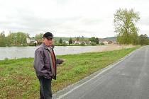 Všerubští musí ještě upravit okolí nově dokončené, téměř dvoukilometrové cyklostezky.