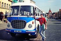 Historické autobusy na Domažlickém náměstí.