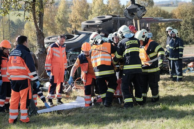 Nehoda kamionu u Loučimi.