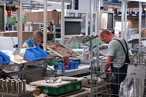 V domažlické firmě PROHEQ se vyrábí produkty z nerezu pro gastronomii.