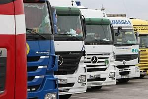 Řidiči kamionů pracují raději v Německu.