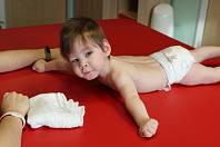 Kubík. Chlapec od narození bojuje s vážnými zdravotními komplikacemi.