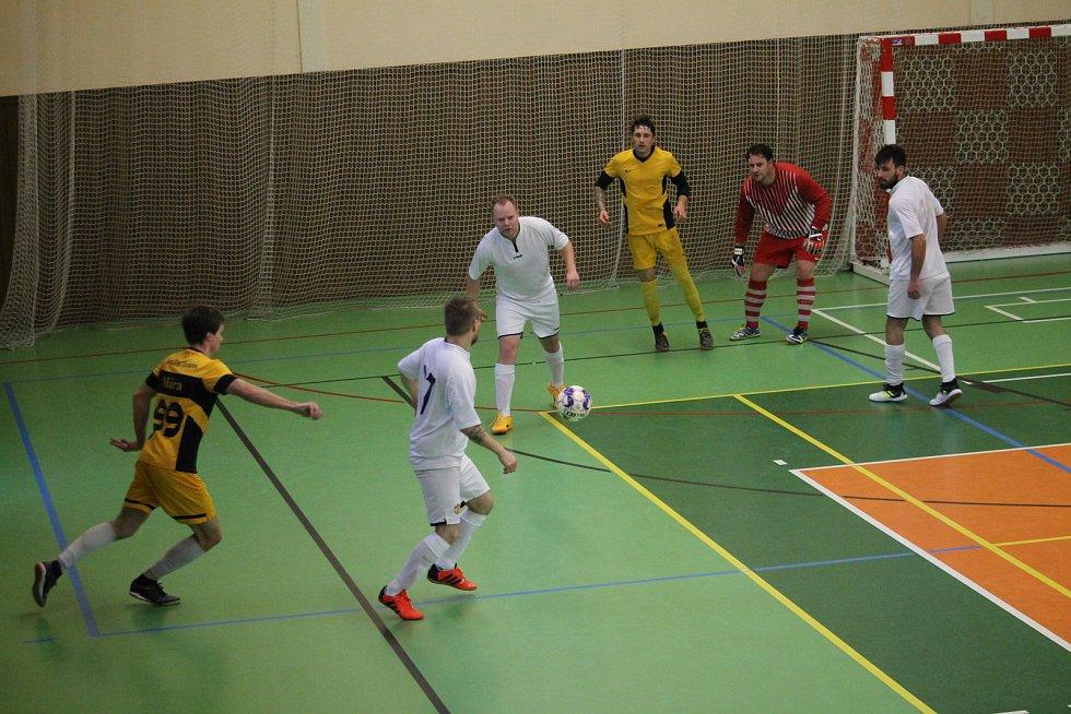 Neděle (10.00 - 15.00): Turnaj krajského přeboru ve futsalu ve Kdyni.
