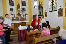 Vysvěcení opraveného kostela v Jivjanech.