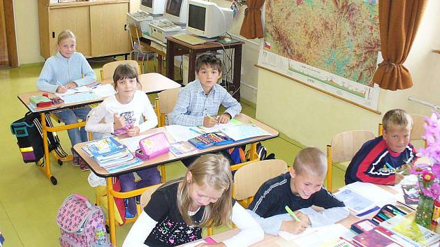 První školní den v ZŠ Milavčích.