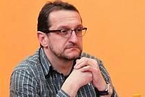 Lidé sport a vzájemné kontakty potřebují, říká nový šéf okresního fotbalu Milan Polák.