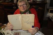Alžběta Vondrašová  navštěvovala Jindřicha Jindřicha. Své vzpomínky sepisuje i pro příští generace.