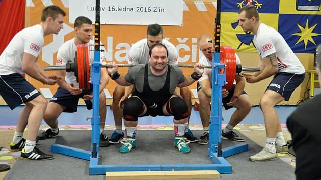 Karel Rada získal na Mistrovství ČR v klasickém silovém trojboji třetí republikový titul v řadě.