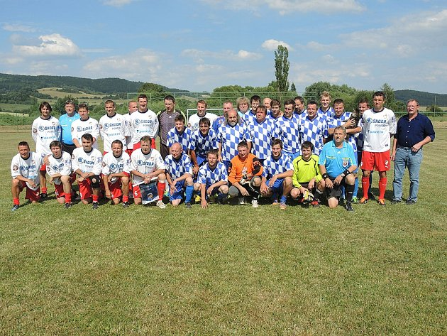 Z utkání fotbalistů FK Chodská Lhota a SG Viktoria Plzeň.