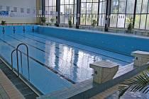 Bazén bude kvůli závodům pro veřejnost uzavřen.