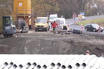 Z opravy mostu u Smolova.