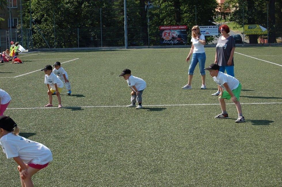 Turnaj v baseballu, kterého se zúčastnilo všech šest mateřských škol z Domažlic.