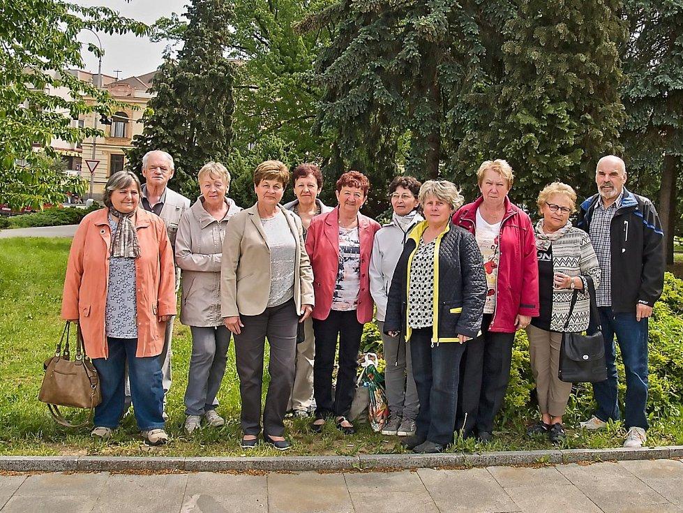 Loučimští studenti univerzity 3. věku na závěrečném semináři v Klatovech.