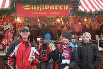Žáci staňkovské ZŠ na norimberském trhu.