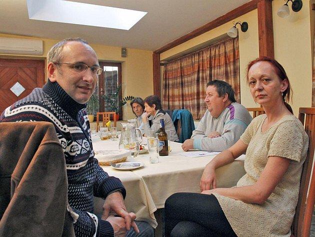 Vedoucí lékař dialyzačního centra Jan Wirth a peritoneální dialyzační sestra Jana Aubrechtová.
