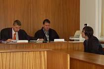 Antonín Mareček před domažlickým soudem.