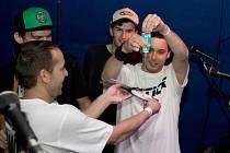 Kapela Sticx pokřtila CD Stoprocentně v domažlickém klubu Death Magnetic.
