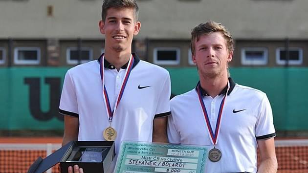Na tenisovém Přeboru Chodska 2020 v Domažlicích se představí i čerství mistři České republiky ve čtyřhře Antonín Bolardt a Antonín Štěpánek.