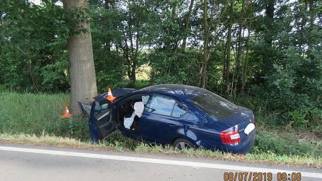 Nehoda vozidla u Osvračína.