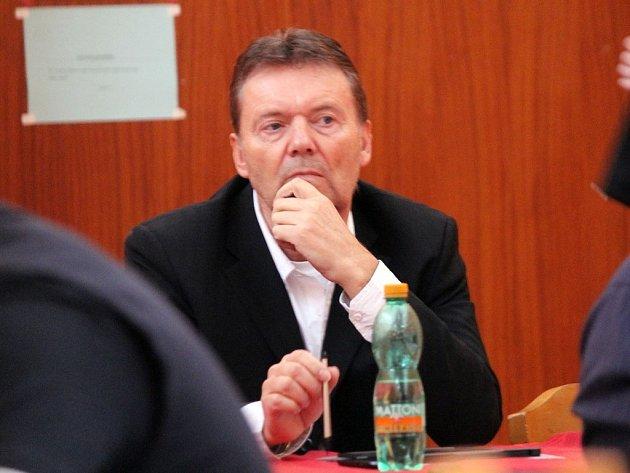 Roman Berbr na snímku z návštěvy volební hromady OFS Domažlice.
