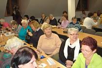 ČLENOVÉ DOMAŽLICKÉHO ODBORU KČT se sešli na výroční schůzi.