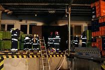 Požár skladu v Horšovském Týně.