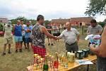 Z nohejbalového turnaje v Semněvicích.