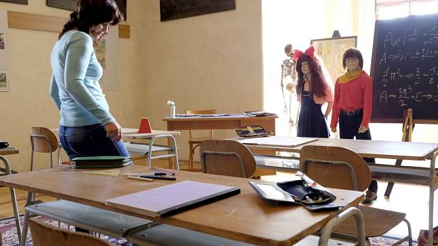 Na výstavě najdeme i třídu 3. B, jejíž nejslavnější žáci jsou bezesporu Mach a Šebestová.
