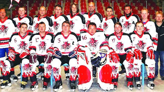 Společná fotografie hokejistů AHC Devils Domažlice.