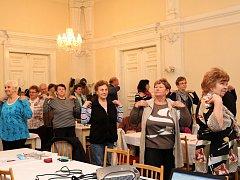 Domažlické seniory poučili o stravě i cvičení