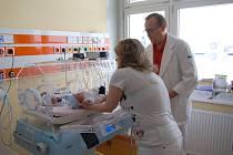 Nový inkubátor v Domažlické nemocnici.