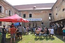 Jedenáctý ročník country festivalu na zámku v Čečovicích.