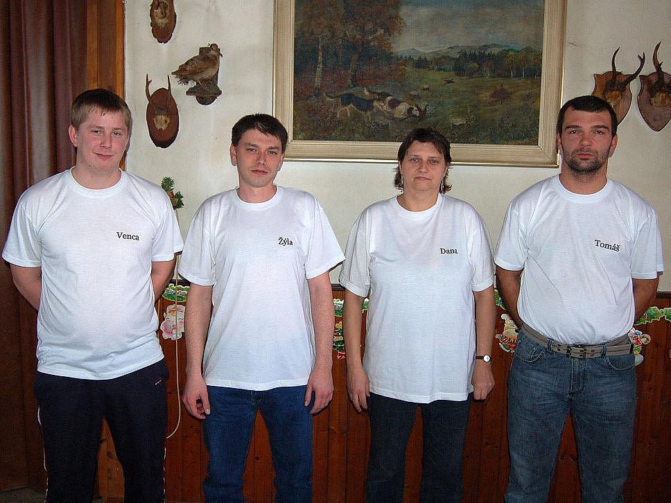 Old Birds Holýšov B - Václav Lávička, Radek Říha, Dana Vránová a Tomáš Křička.