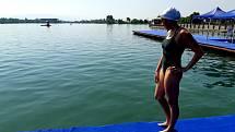 V oblíbenosti provozování sportovních aktivit vede podle ankety Deníku na Domažlicku a Tachovsku plavání (na snímku Kristina Bendová).