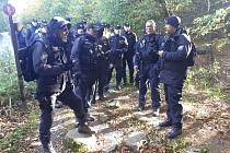 Policejní pátrání po pohřešované osmileté dívce z Německa v okolí Čerchova na Domažlicku.