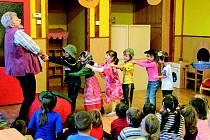 Společné aktivity dětí ze školek v Hostouni a Waldthurnu.