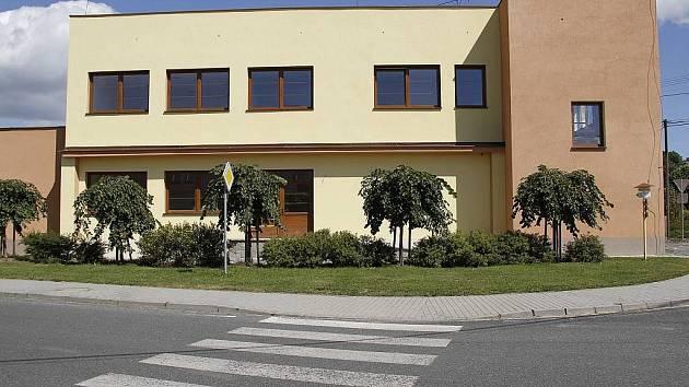 Nový penzion a prodejna v Pocinovicích.
