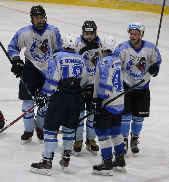 Hokejisté HC Domažlice zahájí novou mistrovskou sezonu doma proti TJ Apollo Kaznějov.