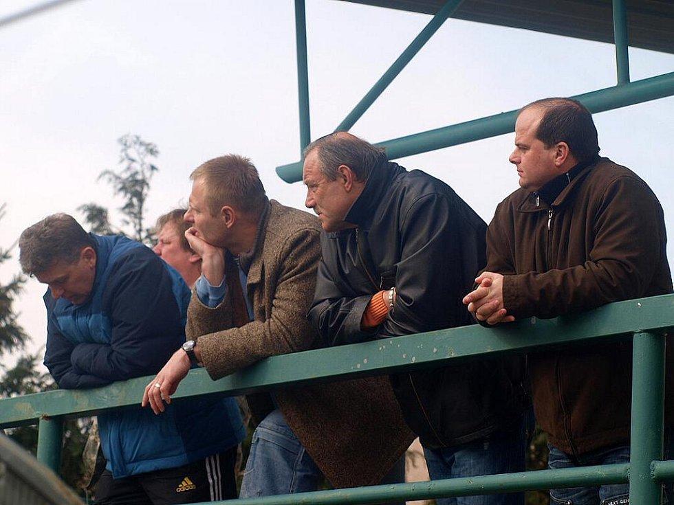 Z utkání fotbalistů Jiskry Domažlice v Příbrami.