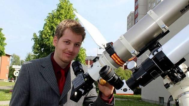 PAVEL KŮS. Díky němu může nyní nyní Gymnázium J. Š. Baara vylepšit pomůcky pro výuku fyziky.