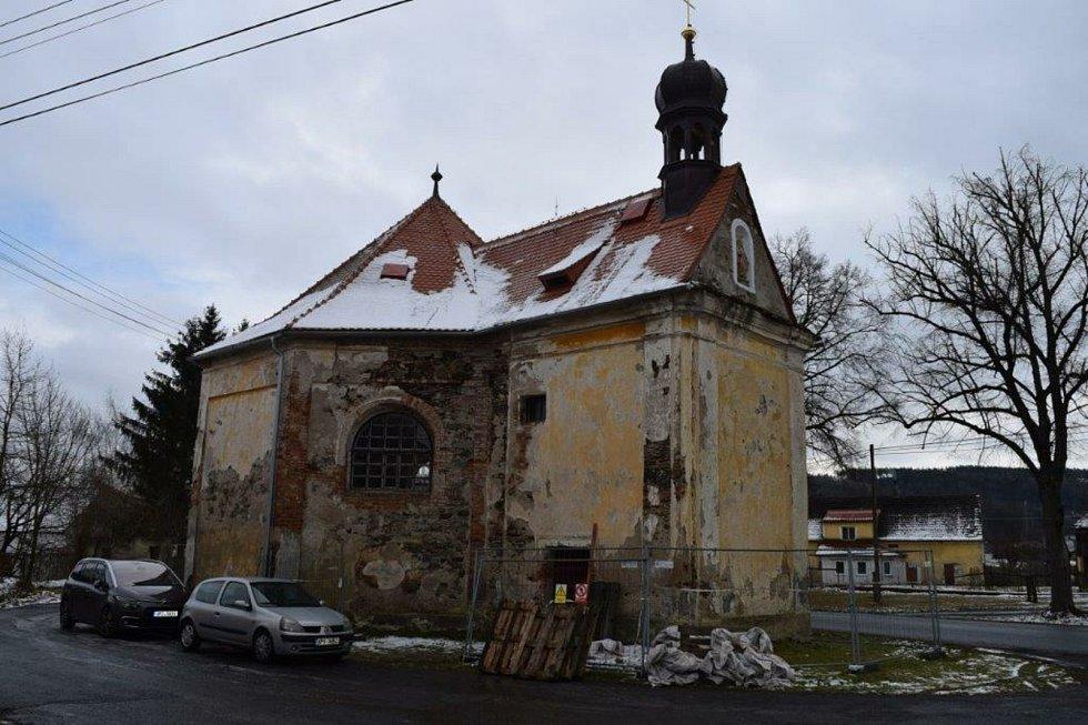 Rekonstrukce kaple svatého Judy Tadeáše ve Štítarech u Hostouně.