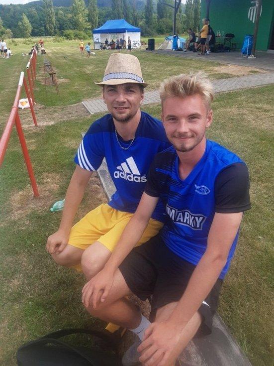Soccer Cup 2020: Jan Zavadil (vlevo) s exdomažlickým Jakubem Selnarem, který v uplynulé sezoně s FK Pardubice postoupil do první fotbalové ligy.
