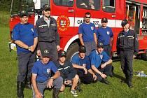 Pocinovičtí hasiči se dětem postarali o zpestření tábora.
